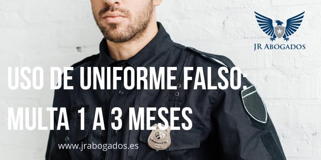 delito.uso.uniforme.policia.falso.multa.abogado